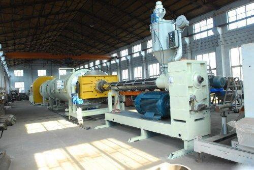 聚氨酯发泡保温钢管生产设备